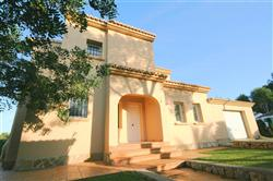 01216M As New Quality Villa close to Amenities and Beaches